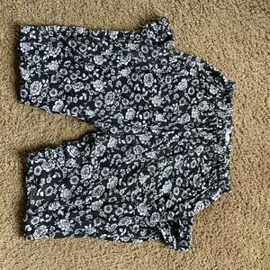 Comfy black and white flower pants